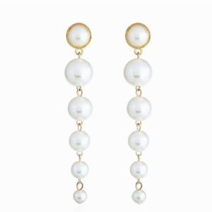 HONEY PEARL DROP EARRING